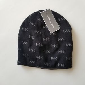 Michael Kors Reversible Beanie Size One Si…